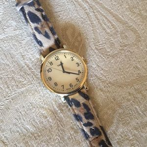 Timex watch with leather leapord band